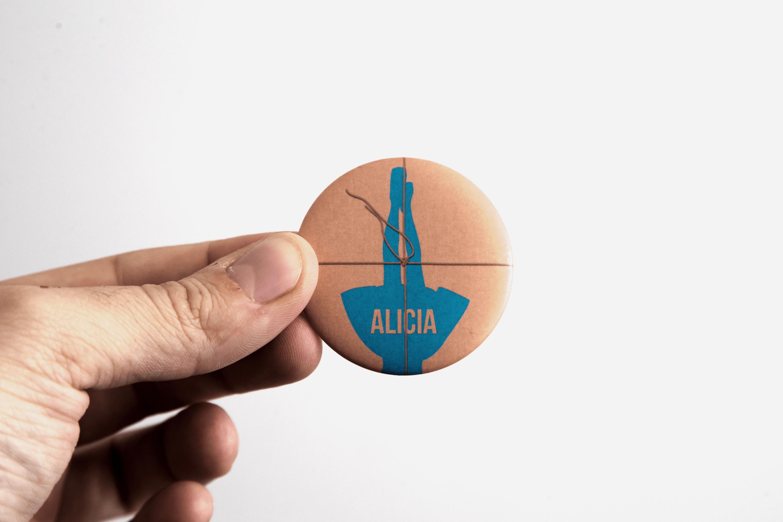 Diseño de packaging para el cortometraje Alicia
